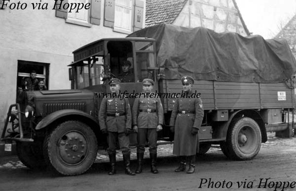 Mercedes-Benz L 3000 (L 57) WH-53273, via Hoppe